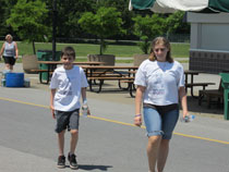 Shelby and Shane stroll for epilepsy